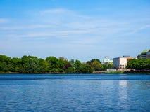 Binnenalster (lac intérieur Alster) dans le hdr de Hambourg Photos stock