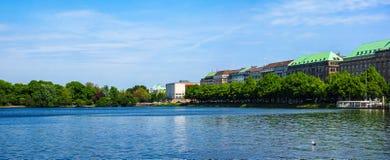 Binnenalster (lago interno Alster) a Amburgo Fotografia Stock