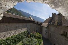 Binnenbinnenplaats van Chillon-Kasteel, Zwitserland Royalty-vrije Stock Afbeelding