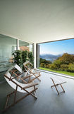 Binnenland, balkon die het meer overzien Stock Afbeelding