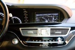 Binnenland (Designo) van gebruikte Mercedes-Benz-lange s-Klasse S350 (W221 Royalty-vrije Stock Foto's