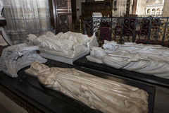 Binnenland en details van basiliek van heilige-denis, Frankrijk Royalty-vrije Stock Afbeeldingen