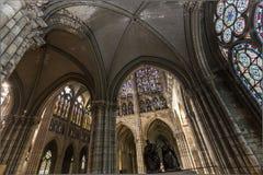 Binnenland en details van basiliek van heilige-denis, Frankrijk Royalty-vrije Stock Afbeelding