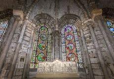 Binnenland en details van basiliek van heilige-denis, Frankrijk Stock Foto's