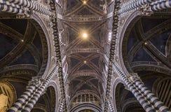 Binnenland en details van Siena kathedraal, Siena, Italië Stock Fotografie