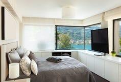 Binnenland, luxeslaapkamer Royalty-vrije Stock Afbeeldingen