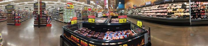 Binnenland van aardige kruidenierswinkelopslag Stock Foto