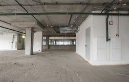 Binnenland van commercieel centrum in aanbouw Stock Fotografie