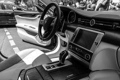 Binnenland van de auto Maserati Quattroporte VI van de ware grootteluxe, sinds 2013 Stock Foto's
