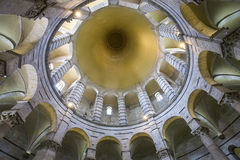 Binnenland van de Doopkapel van Pisa, Pisa, Italië Royalty-vrije Stock Fotografie