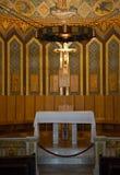Binnenland van de Kathedraal van Heilig Hart (Sagrat Corazon) op Tibidabo-berg in Barcelona stock fotografie