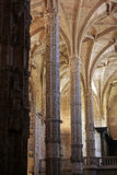 Binnenland van de kathedraal van Lissabon Stock Afbeeldingen