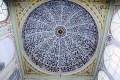 Binnenland van de moskee in Istanboel Stock Afbeeldingen