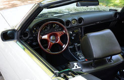 Binnenland van de oude klassieke convertibele auto van Mercedes Stock Fotografie