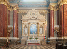 Binnenland van de rooms-katholieke kerkst Stephen ` s Basiliek Boedapest Stock Foto's