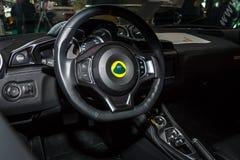 Binnenland van de sportwagen Lotus Evora 400 ESSEX door BF-Motorsport Ontwerp, 2016 Stock Afbeelding