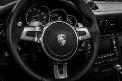 Binnenland van de sportwagen Porsche 911 991 close-up, 2011 Royalty-vrije Stock Afbeelding