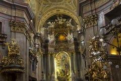Binnenland van de st Peters kerk in Wenen Stock Afbeeldingen