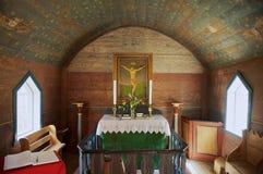 Binnenland van de Undredal-Staafkerk in Undredal, Noorwegen royalty-vrije stock foto's