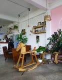 Binnenland van de winkel van de kunstkoffie Stock Afbeelding