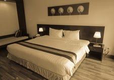 Binnenland van een bedruimte bij modern hotel Royalty-vrije Stock Foto's
