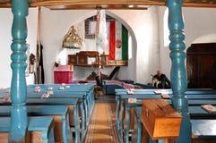 Binnenland van een Hongaarse Unitaristische kerk in Transsylvanië Royalty-vrije Stock Fotografie