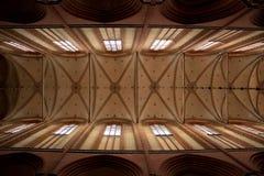 Binnenland van een kerk in Wismar Stock Afbeeldingen