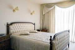 Binnenland van een nieuwe slaapkamer Royalty-vrije Stock Afbeeldingen