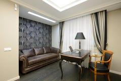 Binnenland van een ruimte van het luxekabinet Stock Afbeelding