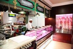 Binnenland van een Slager Voor de betere inkomstklasse Deli Store stock foto's