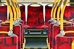 Binnenland van een stadsbus Van het Ricketvalidator en kaartje verkoopmachine stock foto's