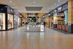 Binnenland van een winkelcomplex royalty-vrije stock afbeelding