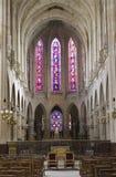Binnenland van gotische kerk van Parijs - st. Germain Stock Afbeeldingen
