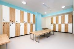 Binnenland van gymnastiekkleedkamer Stock Foto's