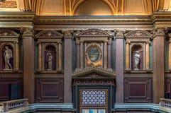 Binnenland van het FitzWilliam-Museum voor antiquiteiten en beeldende kunsten in Cambridge stock fotografie
