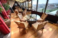 Binnenland van het moderne luxerestaurant Royalty-vrije Stock Foto