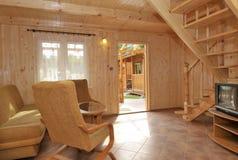 Binnenland van hout met panelen bekleed huis royalty-vrije stock afbeelding