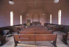Binnenland van kerk in Lichaam, Californië, Spookstad Royalty-vrije Stock Afbeeldingen