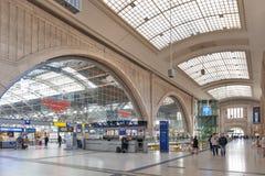 Binnenland van Leipzig Hauptbahnhof, centrale spoorweg eindpost in stad de van de binnenstad van Leipzig stock foto