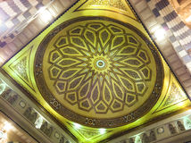 Binnenland van (moskee) Al Masjid Nabawi in Medina Stock Foto's