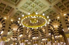 Binnenland van (moskee) Al Masjid Nabawi in Medina Royalty-vrije Stock Fotografie