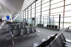 Binnenland van nieuwe moderne terminal bij de Lucht van Lech Walesa Royalty-vrije Stock Fotografie