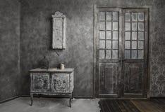 Binnenland van oud verlaten huis Royalty-vrije Stock Foto's