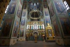 Binnenland van oude kathedraal van het Pictogram van de Moeder van God Iverskaya Het Klooster van Valdaiskyiversky Bogoroditsky Royalty-vrije Stock Foto