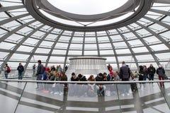 Binnenland van Reichstag-koepel in Berlijn, Duitsland Stock Afbeeldingen