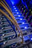 Binnenland van rek opgezette servers Stock Foto's