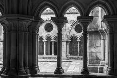 Binnenland van Se-Kathedraal in Porto stad in Portugal stock afbeeldingen