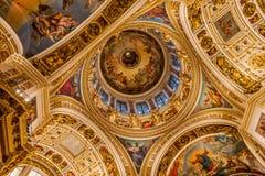 Binnenland van St Isaac Cathedral stock foto's