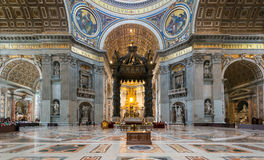 Binnenland van St Peter Basiliek in Rome Stock Foto