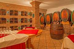 Binnenland van wijnkelder Stock Foto's